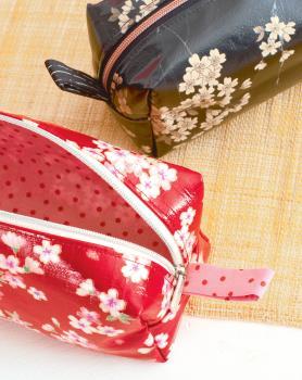 Materialpaket für Schlampermäppchen Federmäppchen aus Patchwork Magazin Näh was mit Wachstuch